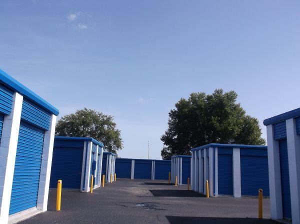 Sentry Self Storage - Tampa, Florida 4901 East Adamo Drive Tampa, FL - Photo 2