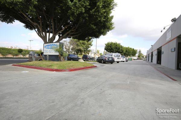 Low Cost Storage - Paramount 7520 Alondra Boulevard Paramount, CA - Photo 11