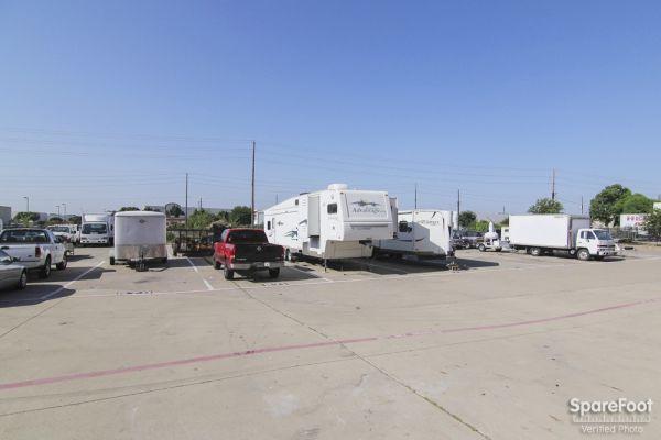 AAA Self Storage Plano 3204 14th Street Plano, TX - Photo 16