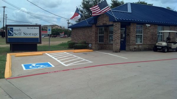 Simply Self Storage - Arlington, TX - Cooper St 1800 West Sublett Road Arlington, TX - Photo 2