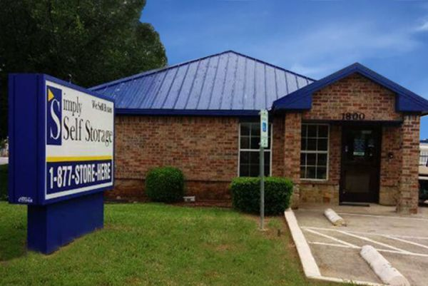 Simply Self Storage - Arlington, TX - Cooper St 1800 West Sublett Road Arlington, TX - Photo 0