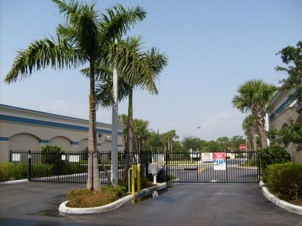 Lantana Self Storage 1930 Lantana Road Lake Worth, FL - Photo 0