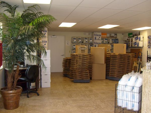 Lantana Self Storage 1930 Lantana Road Lake Worth, FL - Photo 2