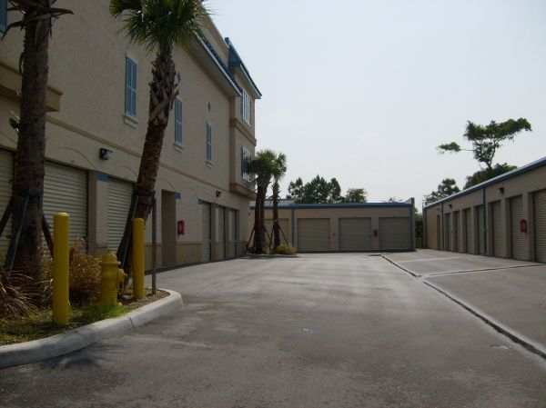 Lantana Self Storage 1930 Lantana Road Lake Worth, FL - Photo 3