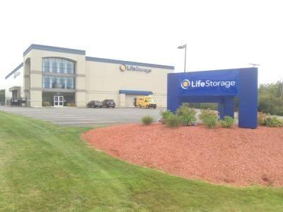 life storage south portland lowest rates. Black Bedroom Furniture Sets. Home Design Ideas
