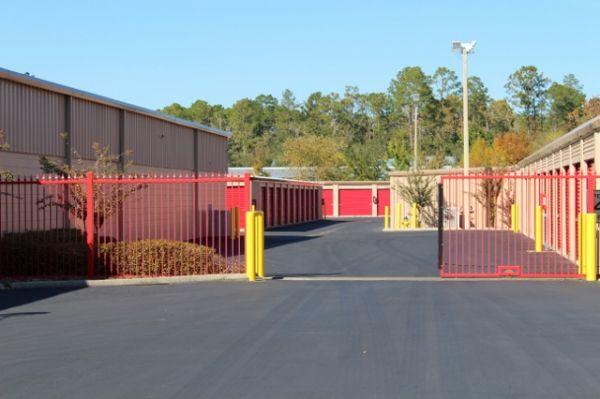 StorQuest - Gainesville/NW 67th 2160 Northwest 67 Place Gainesville, FL - Photo 4