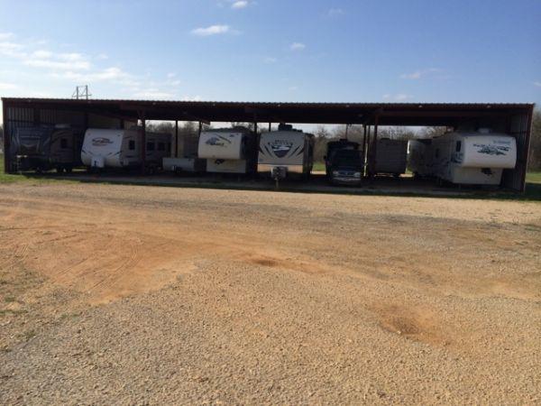 Luling Self Storage 1405 North Magnolia Avenue Luling, TX - Photo 2