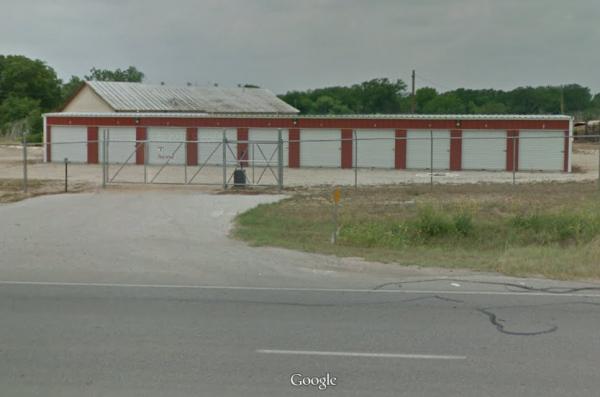 Luling Self Storage 1405 North Magnolia Avenue Luling, TX - Photo 7