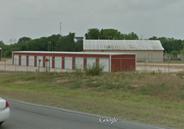Luling Self Storage 1405 North Magnolia Avenue Luling, TX - Photo 8