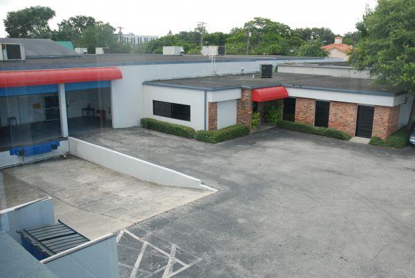 Palma Ceia Storage, Inc 520 South Macdill Avenue Tampa, FL - Photo 1