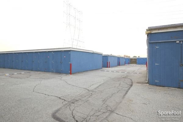 U-Store Bell 5427 Clara Street Bell, CA - Photo 4