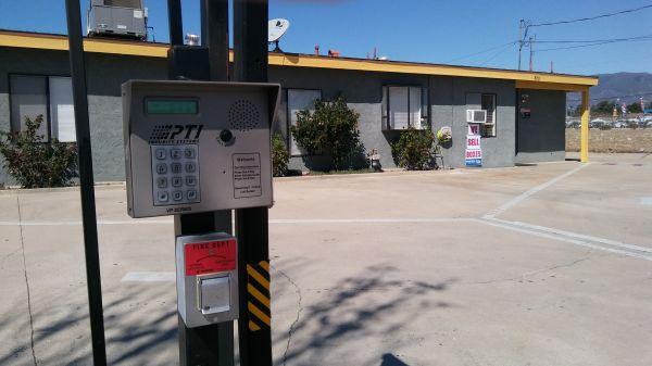 LK Mini Storage 8150 Tamarind Avenue Fontana, CA - Photo 5