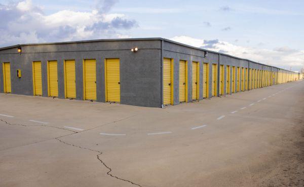 LK Mini Storage 8150 Tamarind Avenue Fontana, CA - Photo 6