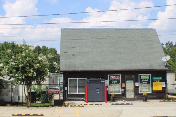 Mr. Storage - Davidson Highway/Central Drive 8 Lowe Avenue Northwest Concord, NC - Photo 0