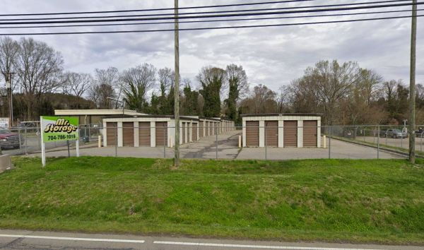 Mr. Storage - Kannapolis 1615 South Main Street Kannapolis, NC - Photo 0