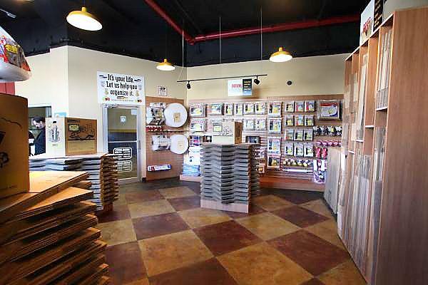 StorageMart - 13th & Railroad Ave 125 S 13th St West Des Moines, IA - Photo 2