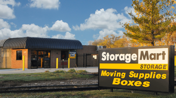 StorageMart - 13th & Railroad Ave 125 S 13th St West Des Moines, IA - Photo 1