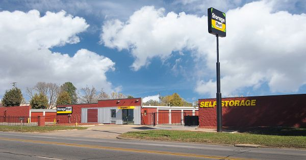 StorageMart - 14th St & Shawnee Ave 4043 East 14th Street Des Moines, IA - Photo 1
