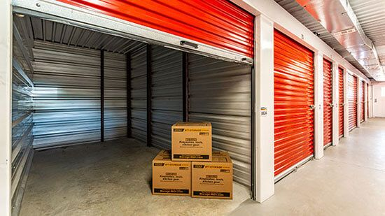 StorageMart - Martin Luther King Jr Pkwy & Urbandale Ave 3221 Martin Luther King Junior Parkway Des Moines, IA - Photo 3