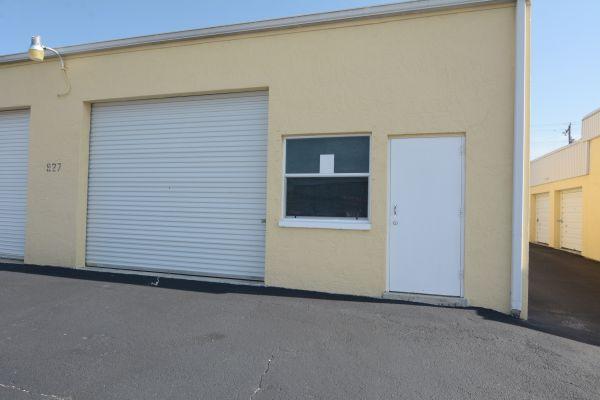 X-S Storage LLC 927 property 927 Southeast 9th Terrace Cape Coral, FL - Photo 5
