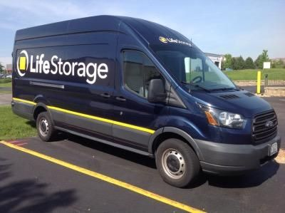 Life Storage St Charles Lowest Rates Selfstorage Com