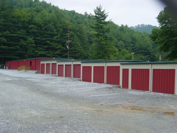 Lake Glenville Storage & Wine Lockers 5361 Highway 107 Glenville, NC - Photo 3