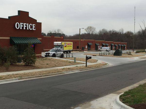Ample Storage - East Club Blvd 2240 Dominion Street Durham, NC - Photo 2