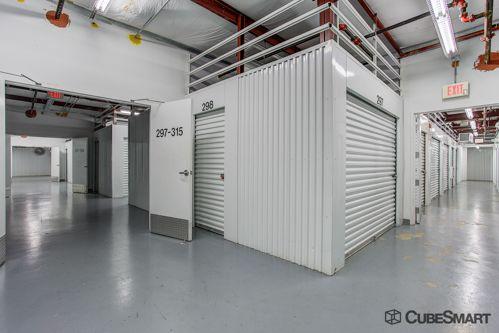 CubeSmart Self Storage - Lake Worth - 1519 N Dixie Hwy 1519 N Dixie Hwy Lake Worth, FL - Photo 5