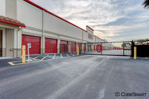 CubeSmart Self Storage - Lake Worth - 1519 N Dixie Hwy 1519 N Dixie Hwy Lake Worth, FL - Photo 8