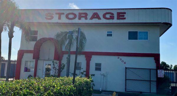 Outer Space Mini Storage - Port Richey 9906 U.S. Highway 19 N Port Richey, FL - Photo 0