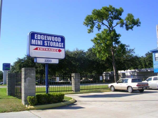 Edgewood Mini Storage 2200 East Edgewood Drive Lakeland, FL - Photo 1
