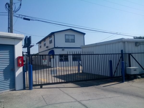 Atlantic Self Storage - Craig 10918 Atlantic Boulevard Jacksonville, FL - Photo 3