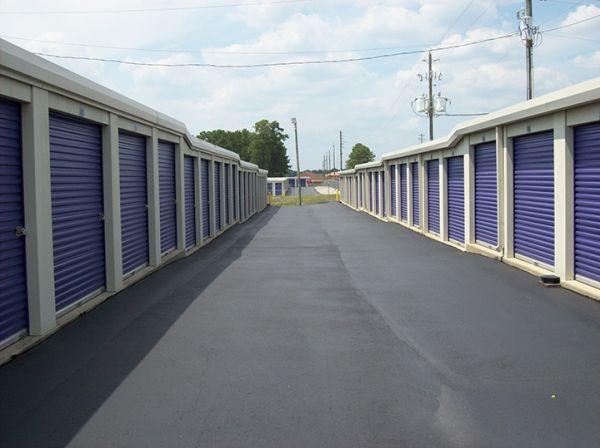 StoreSmart - Fayetteville - Camden Road 5607 Camden Road Fayetteville, NC - Photo 4