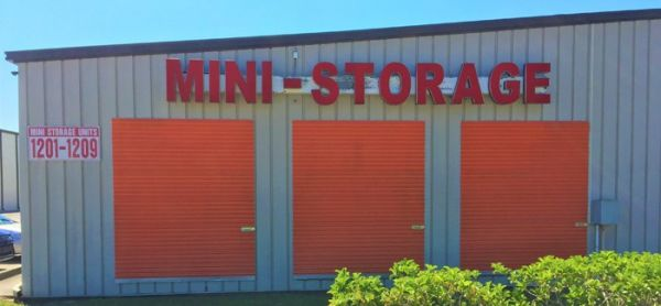 Busch Warehouse and Mini Storage 1717 East Busch Boulevard Tampa, FL - Photo 0