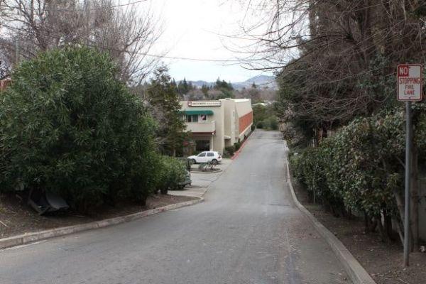 Security Public Storage - Walnut Creek 2690 North Main Street Walnut Creek, CA - Photo 2