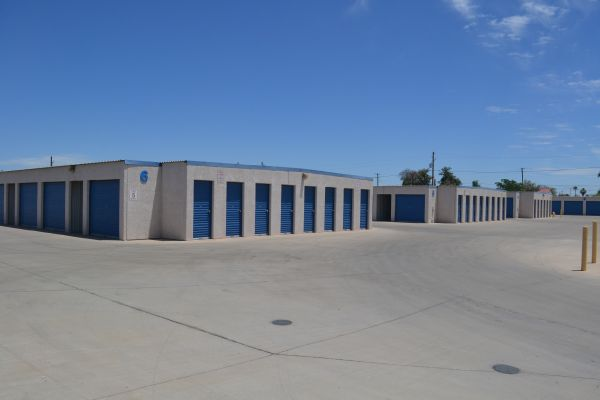 Arizona Storage Inns - Capitol 2130 West Van Buren Street Phoenix, AZ - Photo 4