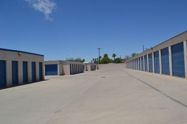 Arizona Storage Inns - Capitol 2130 West Van Buren Street Phoenix, AZ - Photo 5