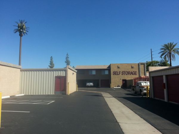 Arizona Storage Inns - Elliot / Dobson 2100 West Elliot Road Chandler, AZ - Photo 4