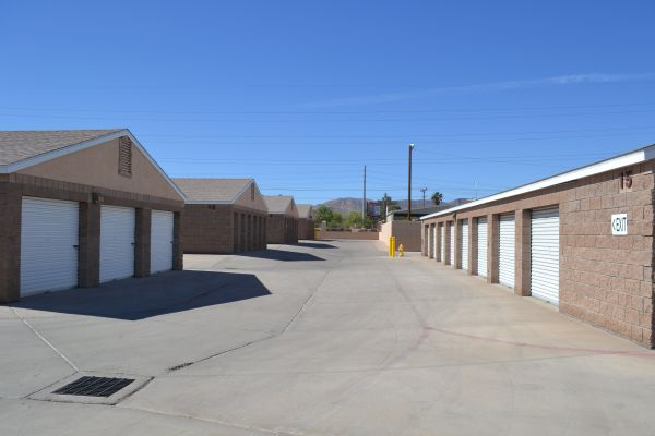 Arizona Storage Inns - 5th Avenue 502 West Baseline Road Phoenix, AZ - Photo 3