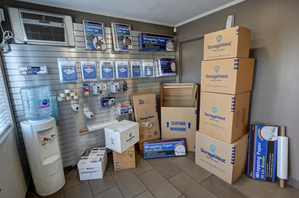 Storage West - Glendale 6316 N 27th Ave Phoenix, AZ - Photo 11