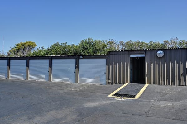 Storage West - Glendale 6316 N 27th Ave Phoenix, AZ - Photo 13