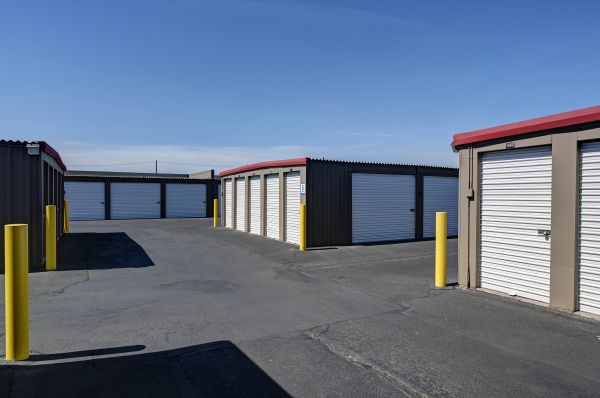 Storage West - Glendale 6316 N 27th Ave Phoenix, AZ - Photo 14