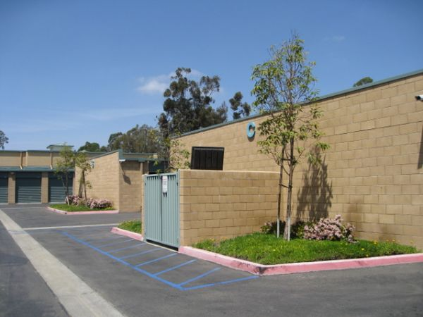 Storage West - Escondido 366 W El Norte Pkwy Escondido, CA - Photo 3