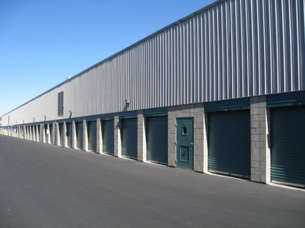 Storage West - Flamingo Road 2700 E Flamingo Rd Las Vegas, NV - Photo 3