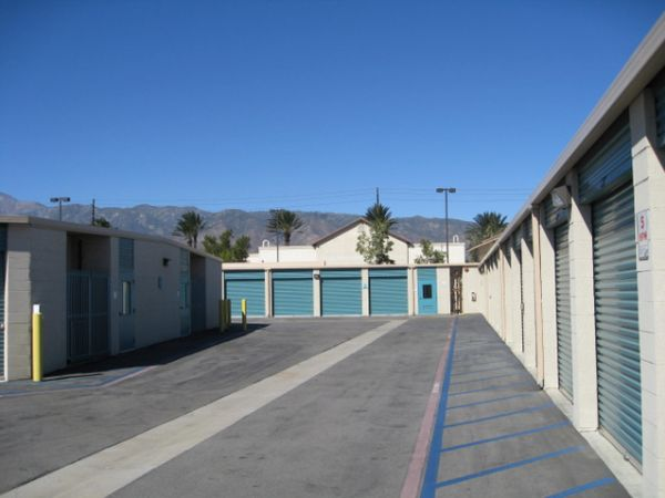 Storage West - Fontana 14337 Baseline Ave Fontana, CA - Photo 4