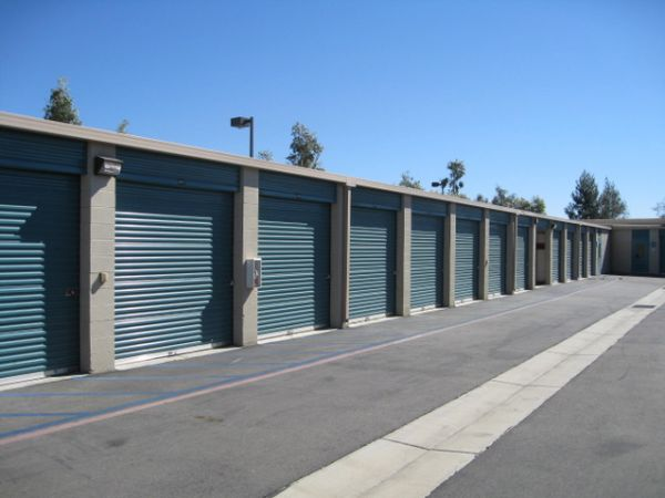 Storage West - Fontana 14337 Baseline Ave Fontana, CA - Photo 5