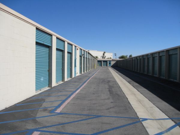 Storage West - Fontana 14337 Baseline Ave Fontana, CA - Photo 6