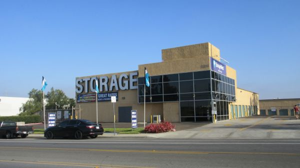 Storage West - La Jolla 5206 Eastgate Mall San Diego, CA - Photo 8