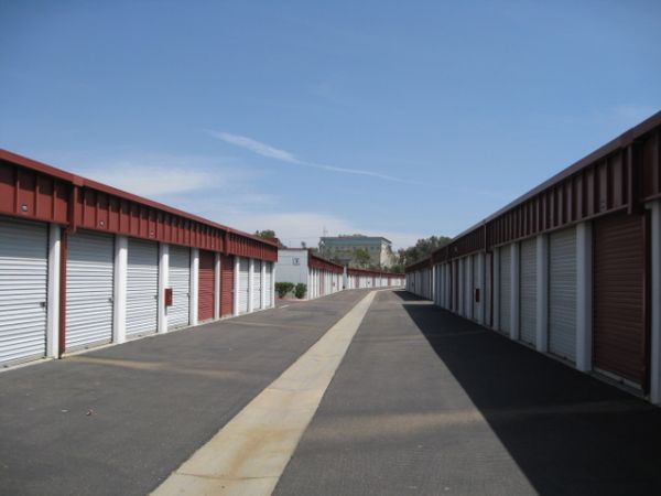 Storage West - Rancho Bernardo 10999 Willow Ct San Diego, CA - Photo 2