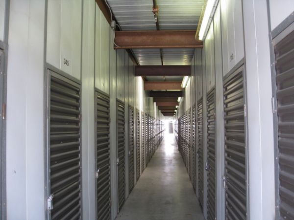 Storage West - Rancho Bernardo 10999 Willow Ct San Diego, CA - Photo 5